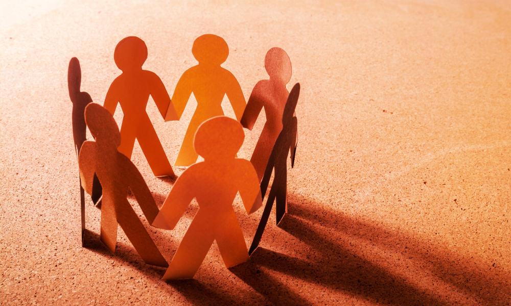Racial Unity – TD Jakes Urges Us to Stand Together Shoulder to Shoulder