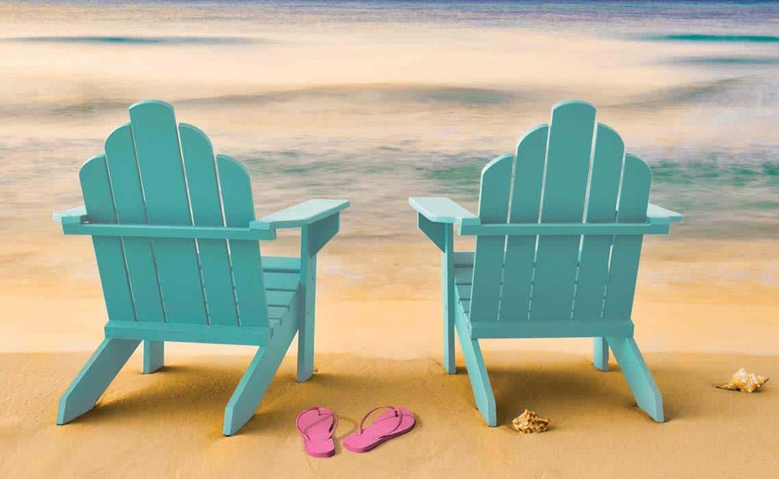 It's time to get some sand between your toes! Yes, we can dream of an end to Lockdown and that beach holiday…