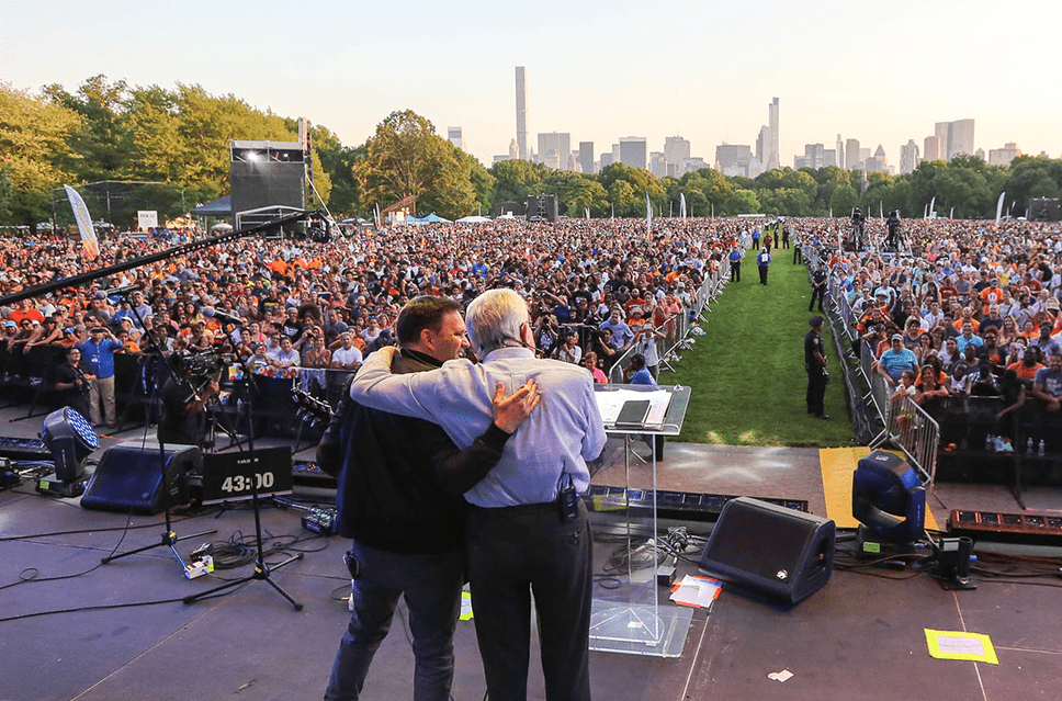 Matt Redman pays tribute to spiritual father, Luis Palau with special song he wrote for memorial service